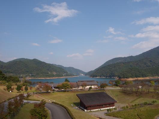 宮が瀬湖風景.jpg