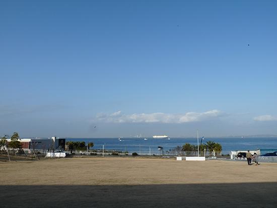 海を見る.jpg