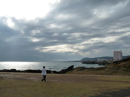 灯台下海.jpg